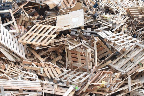 Houten pallets - houtafval a-hout - b-hout- c-hout